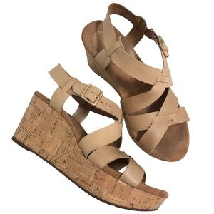 Clarks Artisan Leather Open Toe Wedge Sandals 7.5
